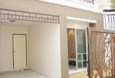 ให้เช่า ทาวน์เฮ้าส์ 3 ห้องนอน บางขุนเทียน กรุงเทพฯ