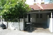 For Rent 1 Bed Townhouse in Mueang Chiang Mai, Chiang Mai, Thailand