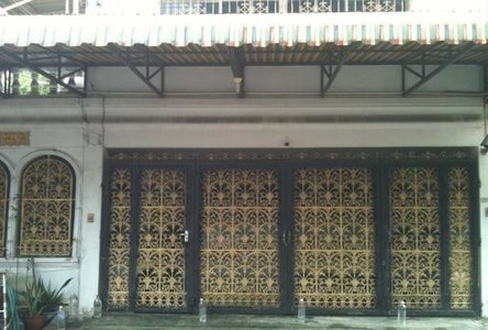 For Sale or Rent 5 Beds Townhouse in Ratchathewi, Bangkok, Thailand