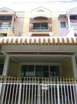 For Sale 4 Beds Townhouse in Bang Na, Bangkok, Thailand | Ref. TH-NXYNDLFL