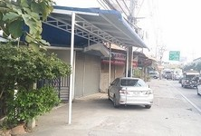 For Rent 7 Beds 一戸建て in Mueang Nonthaburi, Nonthaburi, Thailand