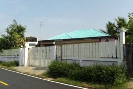 For Sale 5 Beds 一戸建て in Mueang Maha Sarakham, Maha Sarakham, Thailand