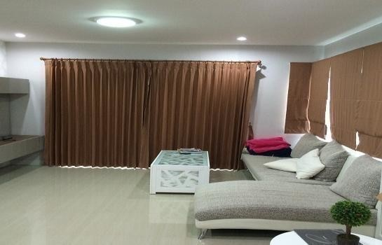 For Sale 3 Beds 一戸建て in Mueang Nakhon Si Thammarat, Nakhon Si Thammarat, Thailand | Ref. TH-EQKFTYOV