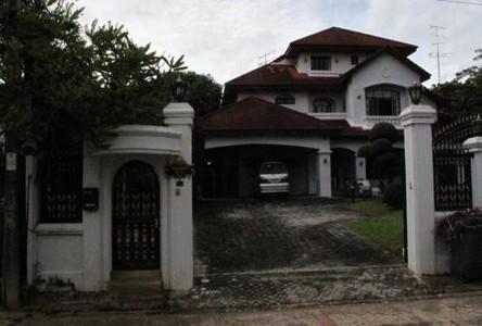 For Rent 5 Beds 一戸建て in Mueang Samut Prakan, Samut Prakan, Thailand