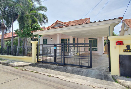 For Rent 3 Beds House in Lam Luk Ka, Pathum Thani, Thailand
