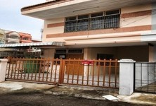 For Sale 3 Beds Townhouse in Mueang Khon Kaen, Khon Kaen, Thailand