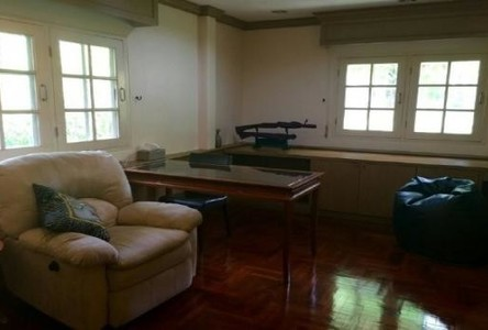 For Sale or Rent 6 Beds House in Suan Luang, Bangkok, Thailand