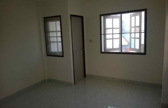 For Rent 2 Beds Townhouse in Nakhon Chai Si, Nakhon Pathom, Thailand | Ref. TH-OPLNWZLH