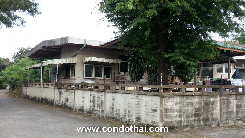 For Sale 3 Beds タウンハウス in Watthana, Bangkok, Thailand | Ref. TH-DTAFBCCN