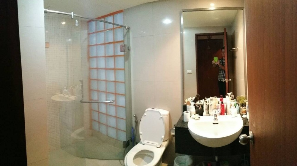 For Sale 1 Bed Condo in Din Daeng, Bangkok, Thailand   Ref. TH-VFGAREGG