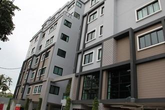 Located in the same area - B Loft Sukhumvit 115