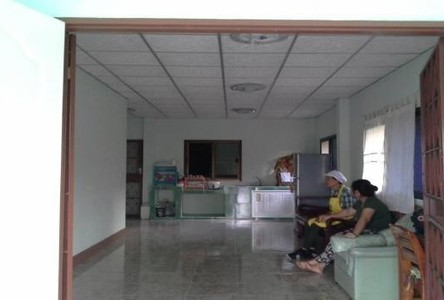 For Sale 2 Beds House in Nakhon Chai Si, Nakhon Pathom, Thailand