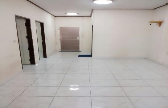 ให้เช่า ทาวน์เฮ้าส์ 2 ห้องนอน ศรีมหาโพธิ ปราจีนบุรี   Ref. TH-RGEYTRAM