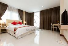 For Rent Condo 24 sqm Near BTS Phrom Phong, Bangkok, Thailand