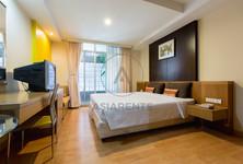 For Rent Condo 30 sqm Near BTS Chong Nonsi, Bangkok, Thailand