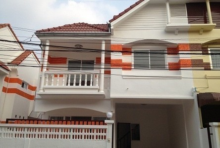 For Sale or Rent 4 Beds Townhouse in Khan Na Yao, Bangkok, Thailand