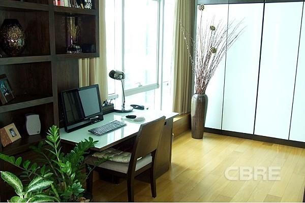 Baan Sathorn Chaopraya - For Sale 1 Bed Condo in Khlong San, Bangkok, Thailand | Ref. TH-BOMJQCEL