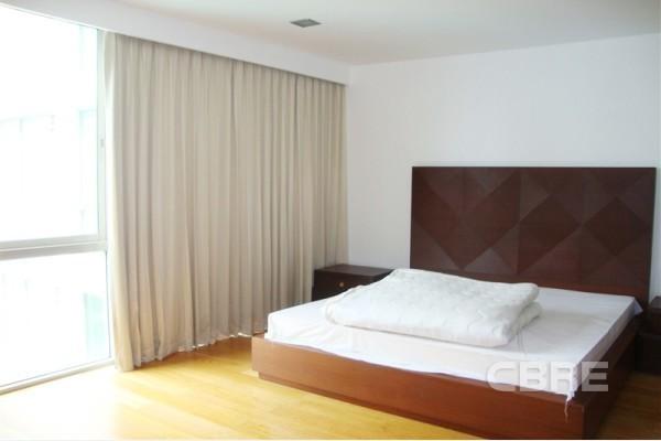 ไฟคัส เลน - ขาย คอนโด 3 ห้องนอน ติด BTS พระโขนง | Ref. TH-ZJAZAKBC
