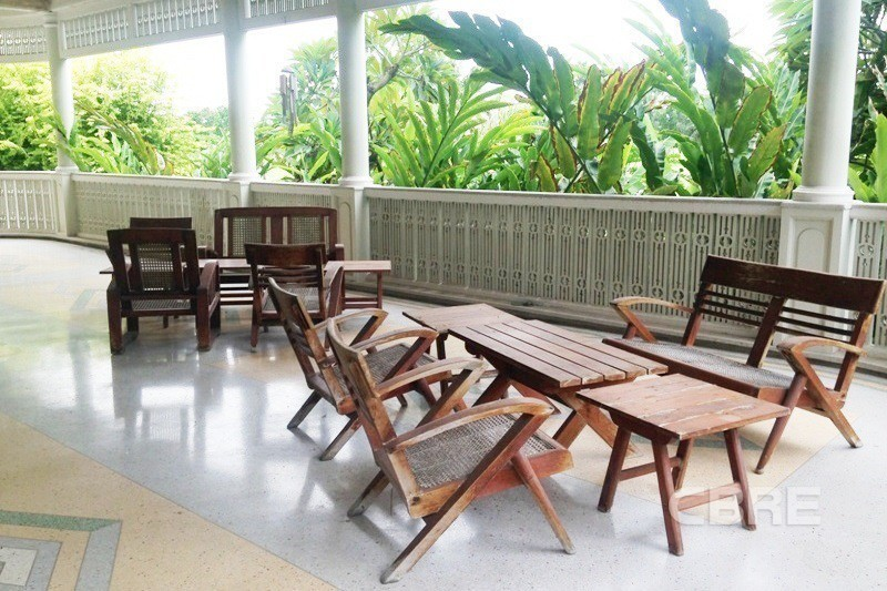 For Sale 6 Beds House in Bang Phli, Samut Prakan, Thailand | Ref. TH-QWQYFBKY