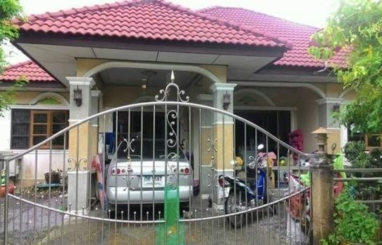 For Sale 4 Beds House in Mueang Nakhon Si Thammarat, Nakhon Si Thammarat, Thailand | Ref. TH-UKPACIWY