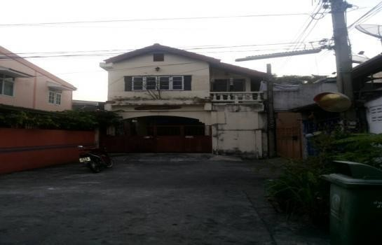 For Sale 1 Bed Townhouse in Bang Na, Bangkok, Thailand | Ref. TH-MXPMUTRZ