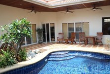 For Rent 2 Beds 一戸建て in Bang Lamung, Chonburi, Thailand