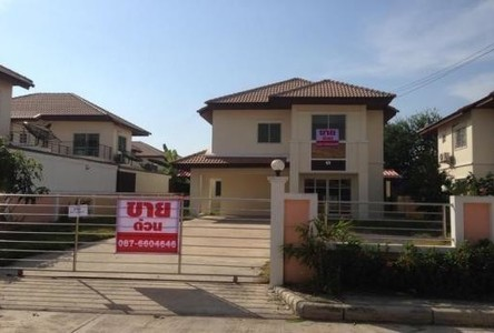 For Sale 4 Beds House in Mueang Samut Sakhon, Samut Sakhon, Thailand