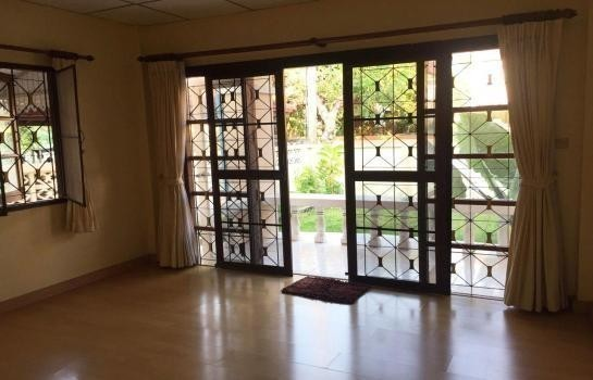 For Sale 4 Beds House in Min Buri, Bangkok, Thailand | Ref. TH-XUMJPMLF