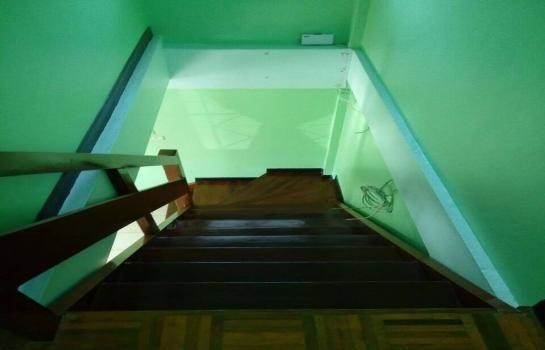 For Sale or Rent 2 Beds Townhouse in Mueang Nakhon Sawan, Nakhon Sawan, Thailand | Ref. TH-BEKEBYWQ