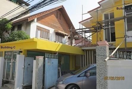 For Rent 4 Beds 一戸建て in Bangkok Yai, Bangkok, Thailand