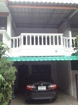 For Rent 2 Beds House in Mueang Kanchanaburi, Kanchanaburi, Thailand | Ref. TH-AURWOXUQ