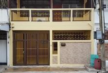 For Sale 2 Beds タウンハウス in Yan Nawa, Bangkok, Thailand