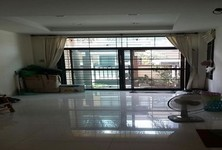 For Sale or Rent 3 Beds タウンハウス in Bang Sue, Bangkok, Thailand