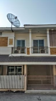 For Sale 3 Beds タウンハウス in Mueang Phitsanulok, Phitsanulok, Thailand | Ref. TH-ZNMCWNAF