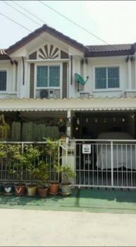 For Sale 3 Beds Townhouse in Phra Pradaeng, Samut Prakan, Thailand | Ref. TH-OVOWKBEF