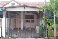 For Sale 1 Bed タウンハウス in Mueang Chachoengsao, Chachoengsao, Thailand