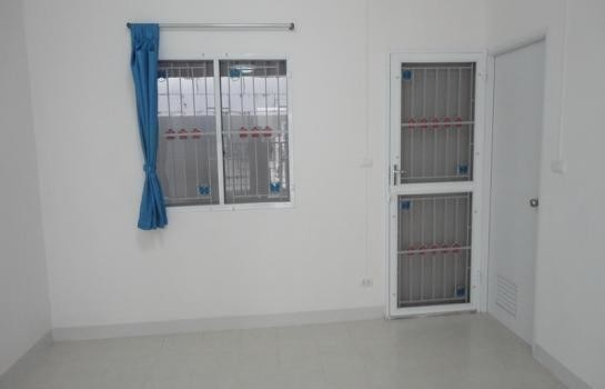 For Sale 3 Beds Townhouse in Wang Noi, Phra Nakhon Si Ayutthaya, Thailand | Ref. TH-MVUZWVCB