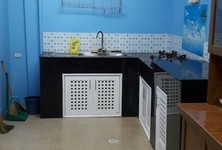 For Sale 3 Beds Townhouse in Bang Pakong, Chachoengsao, Thailand