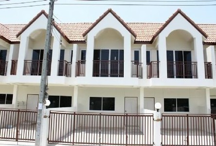 For Sale 2 Beds Townhouse in Mueang Samut Sakhon, Samut Sakhon, Thailand