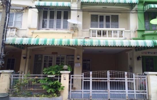 For Sale 3 Beds Townhouse in Phra Pradaeng, Samut Prakan, Thailand   Ref. TH-IIXJZVAZ