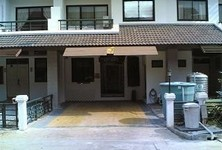 For Sale or Rent 3 Beds Townhouse in Bang Pakong, Chachoengsao, Thailand