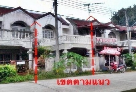 For Sale 2 Beds Townhouse in Mueang Songkhla, Songkhla, Thailand