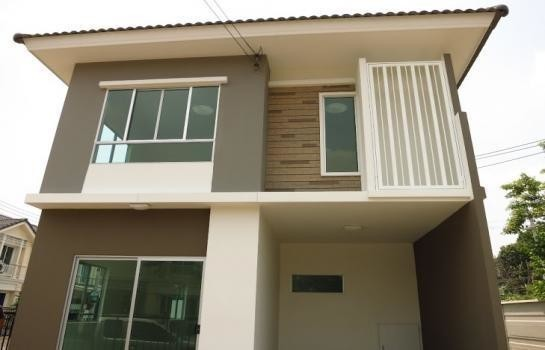 For Sale 3 Beds 一戸建て in Mueang Pathum Thani, Pathum Thani, Thailand | Ref. TH-WKRRNCFY