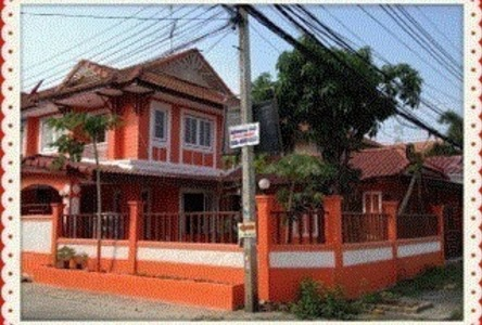 For Sale or Rent 3 Beds Townhouse in Sai Noi, Nonthaburi, Thailand