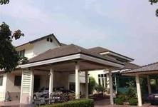 For Sale 5 Beds House in Bang Na, Bangkok, Thailand