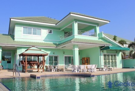 For Rent 5 Beds House in Bang Lamung, Chonburi, Thailand