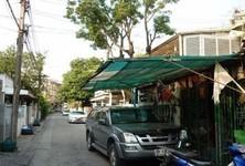 For Sale 4 Beds タウンハウス in Din Daeng, Bangkok, Thailand