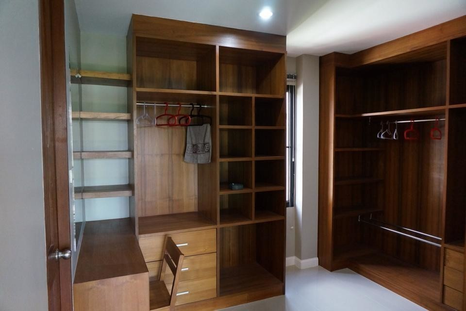 For Sale 3 Beds House in Mueang Chiang Mai, Chiang Mai, Thailand | Ref. TH-PLIWRAWW