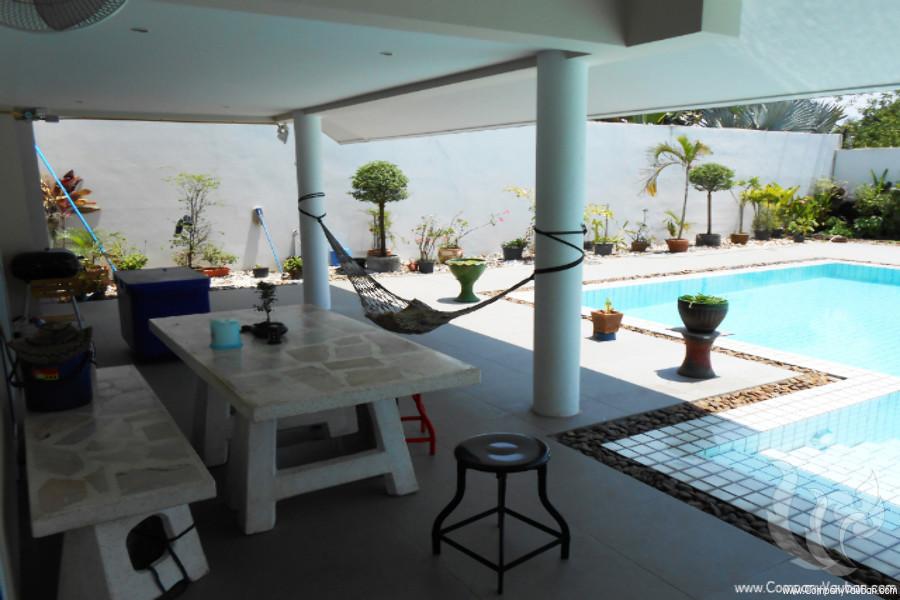 ขาย หรือ เช่า บ้านเดี่ยว 5 ห้องนอน บางละมุง ชลบุรี | Ref. TH-URXWEPMU