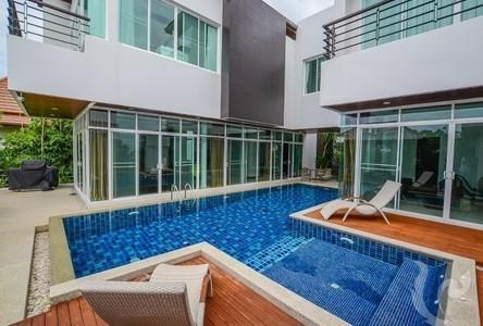 For Rent 5 Beds 一戸建て in Mueang Phuket, Phuket, Thailand